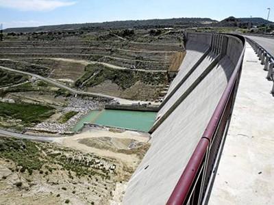 Presa hidroeléctrica (ESPAÑA)